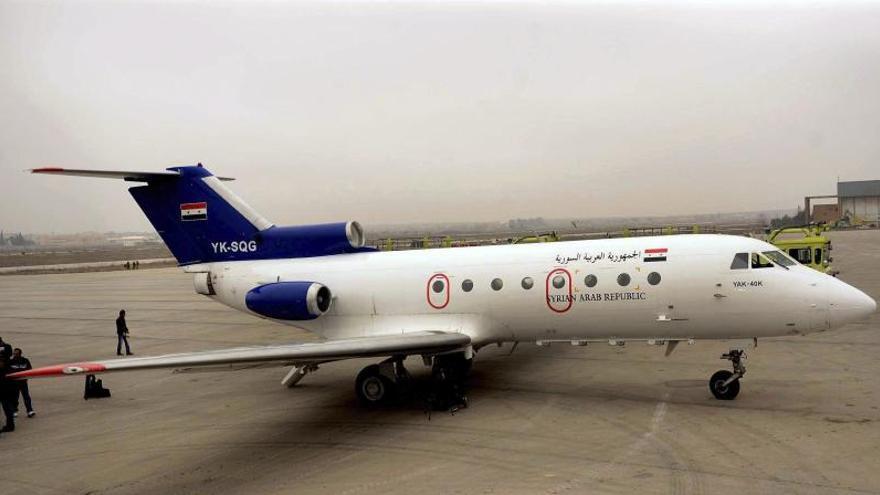 Aterriza en el aeropuerto de Alepo el primer avión civil en más de un año