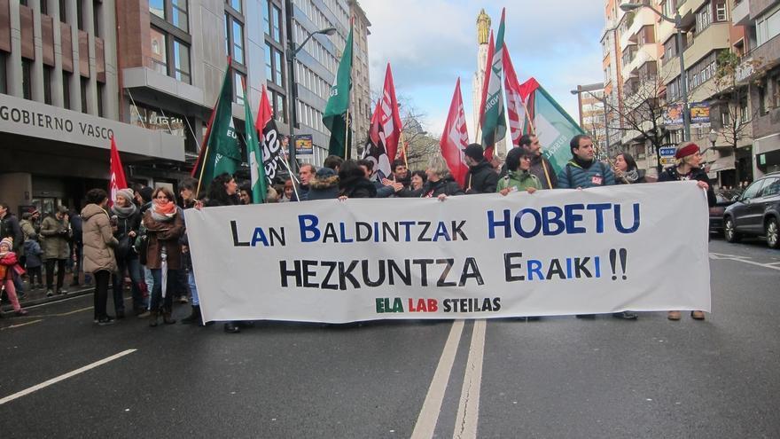 """ELA, LAB y Steilas advierten de que la huelga es """"una fase más de calentamiento"""" para la huelga del 12 de diembre"""