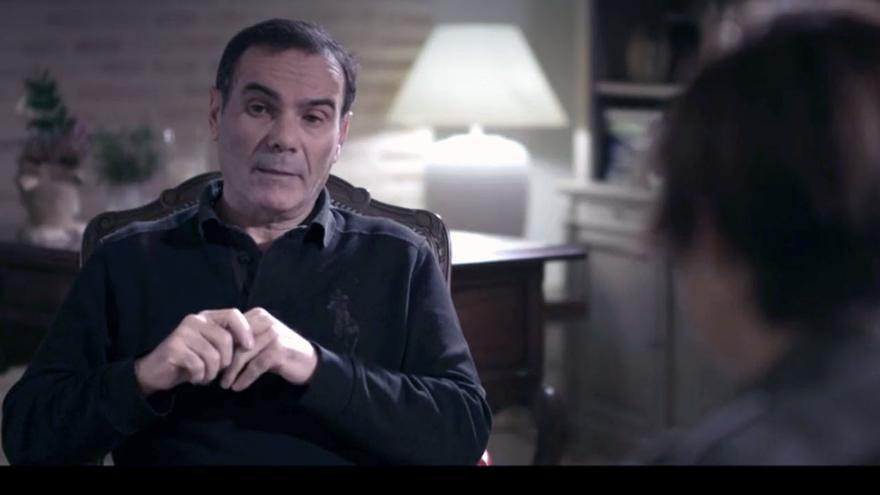 El exgerente de Emarsa, Esteban Cuesta, durante la entrevista con Cristina Pardo