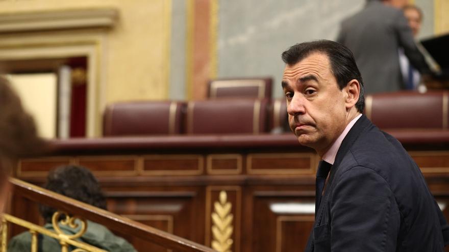 """Maíllo (PP) define al Gobierno de Sánchez como """"la Champions League de las dimisiones"""" y augura: """"No hay dos sin tres"""""""