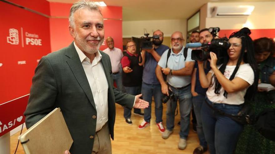 Ángel Víctor Torres, en la rueda de prensa de este lunes, 27 de mayo