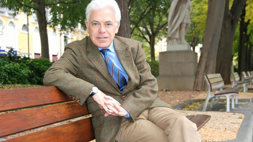 El candidato del PSN al Congreso, el médico Jesús María fernández Díaz.
