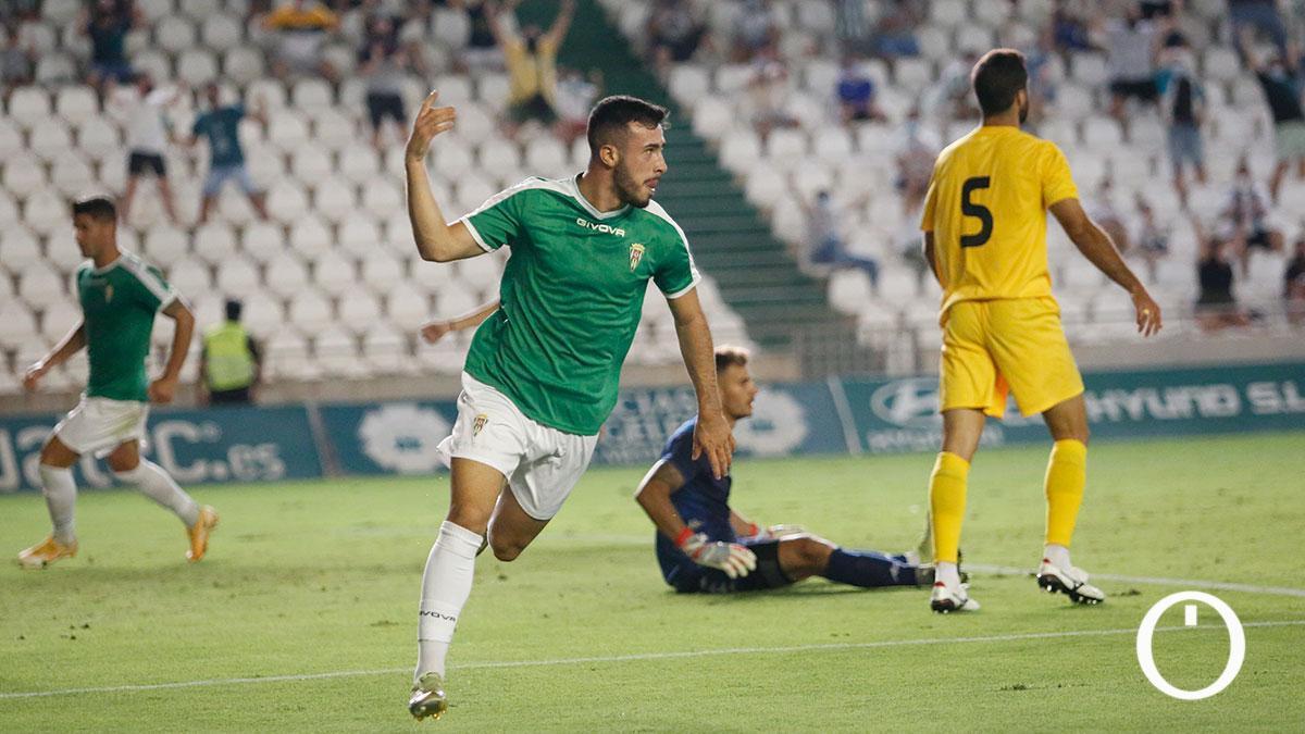 Puga celebrando el gol del Córdoba
