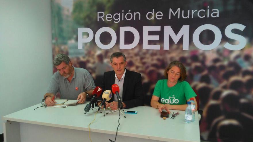 Juantxo López de Uralde ha acudido a presentar el programa de Podemos Murcia en materia medioambiental