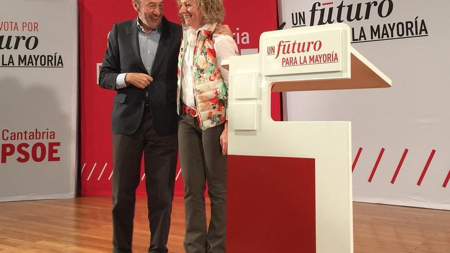 """Rubalcaba ve """"letales"""" algunas propuestas de C's y advierte que a Podemos no le importa que gobierne la derecha"""