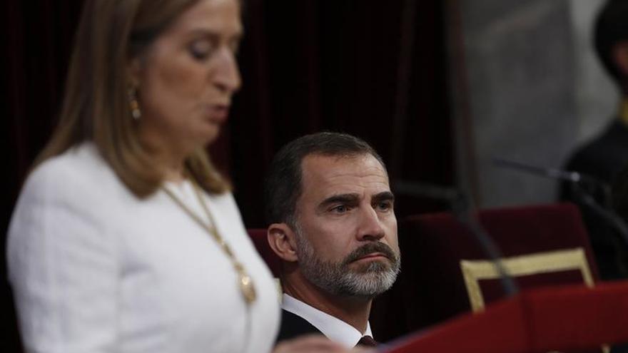 Pastor: Iglesias me dijo que le disgustó el despliegue de la bandera republicana