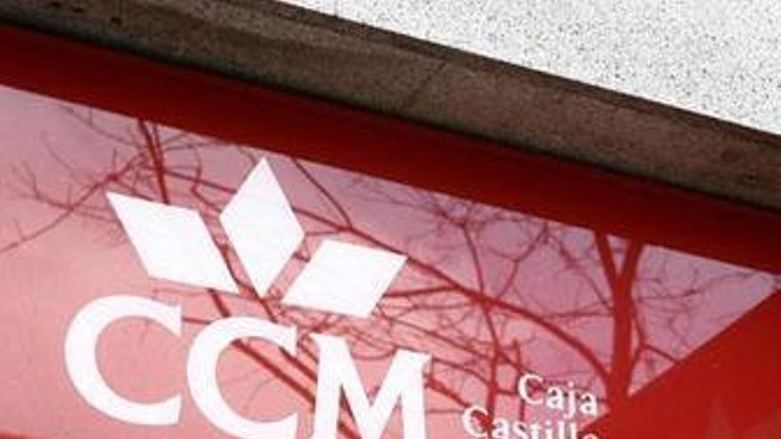 El sueldo del consejo de CCM baja un 36,4% tras la intervención del Banco de España