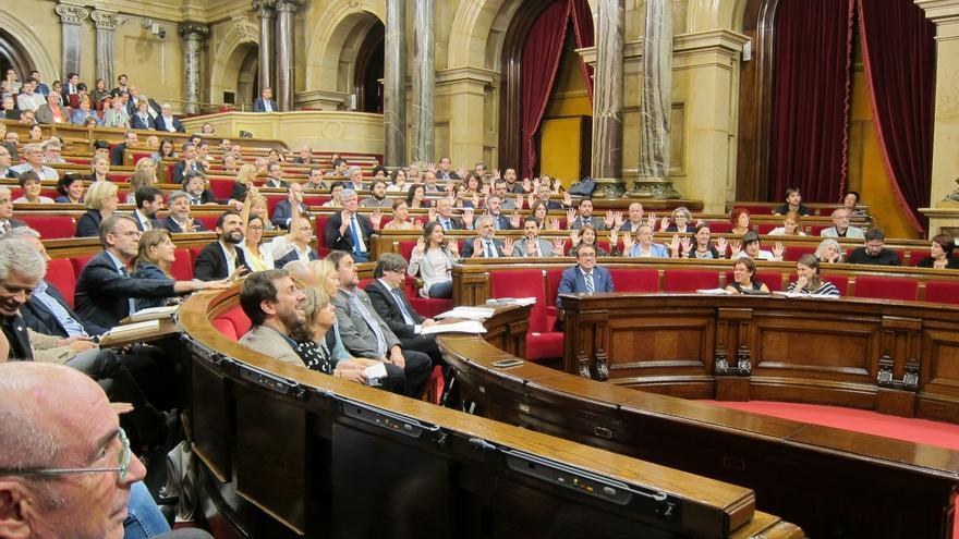 Junqueras se enzarza con una diputada del PSC y la avisa de que avalará la política fiscal de Rajoy si PSOE se abstiene