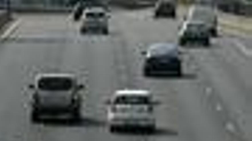 El Congreso aprueba la nueva Ley de Tráfico, que establece descuentos del 50% en las multas por el 'pago exprés'