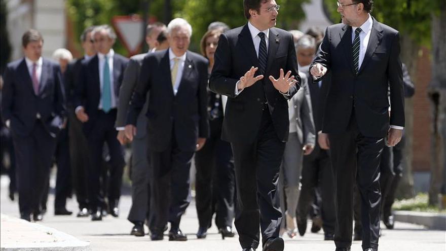 """Rajoy y Passos Coelho exigen a la UE """"hacer más"""" porque """"no hay tiempo que perder"""""""