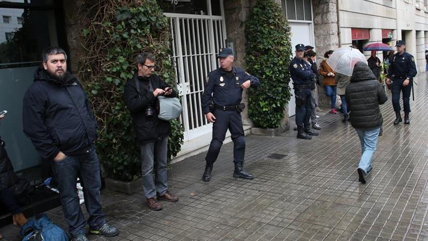 La Policía también registra la casa familiar de los Pujol en Queralbs (Gerona)