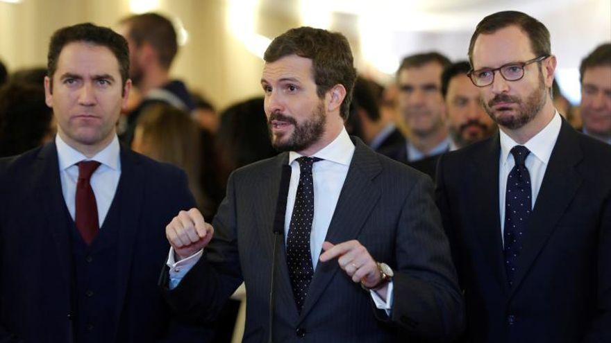 """Casado no apoyará a Sánchez porque ha elegido a """"enemigos de la Constitución"""""""