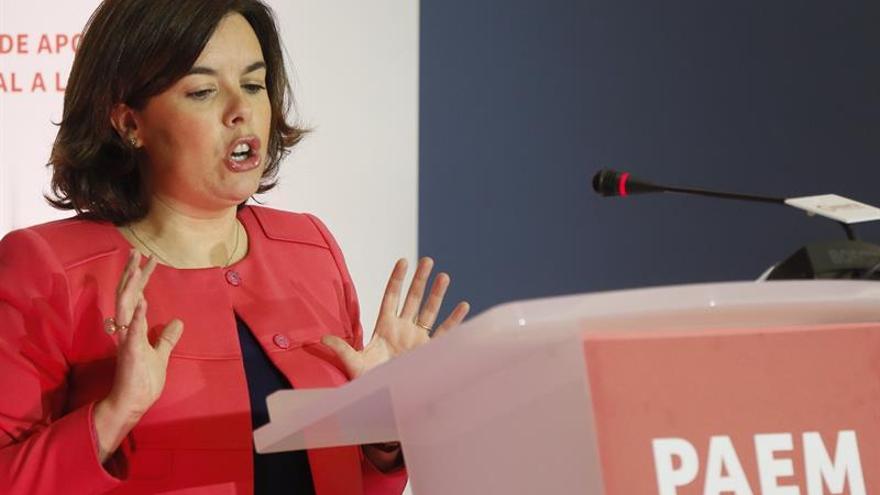 """""""Sáenz de Santamaría: """"Empezar con vetos es una política muy sectaria"""""""