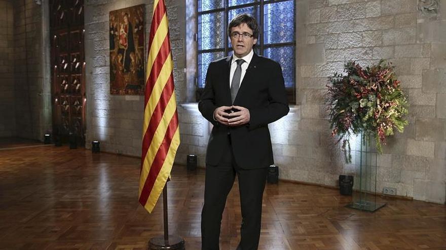 """Puigdemont: """"Haremos el referéndum en 2017 y lo aplicaremos sin dilaciones"""""""