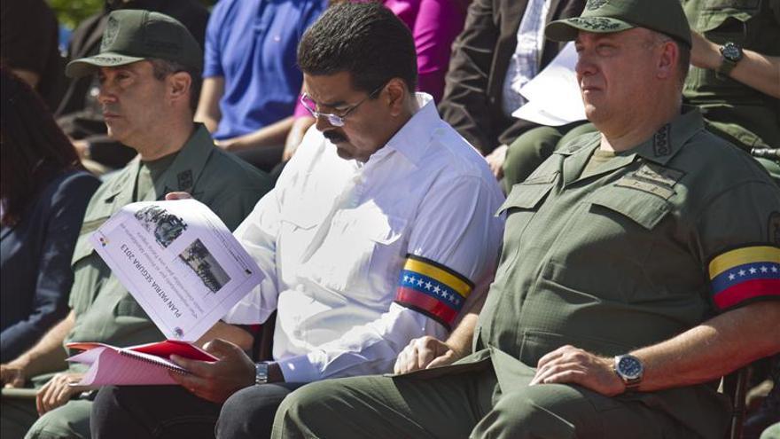 """Maduro dice que la grabación presentada por la oposición busca dividir a la """"revolución"""""""