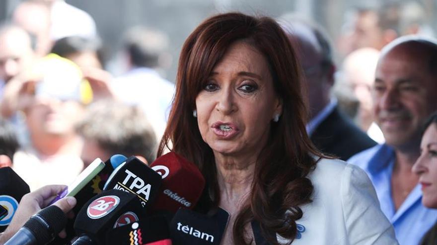 Un juez procesa con prisión preventiva a Cristina Fernández por el caso de sobornos