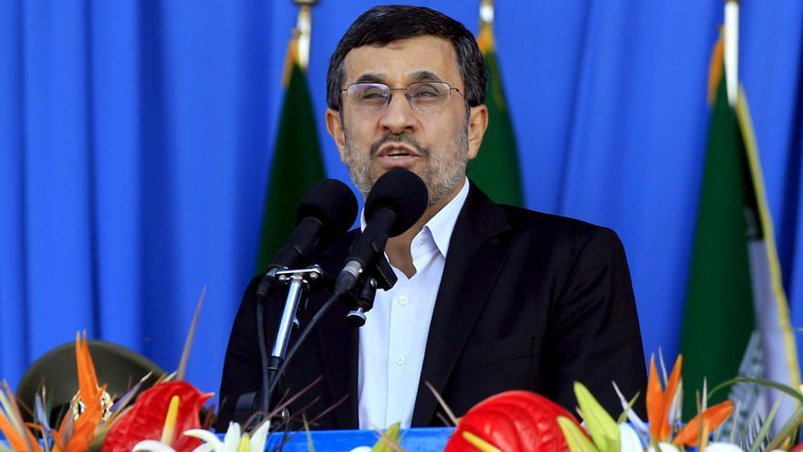 Ahmadineyad ataca a Occidente e Israel en el aniversario de la guerra Irán-Irak