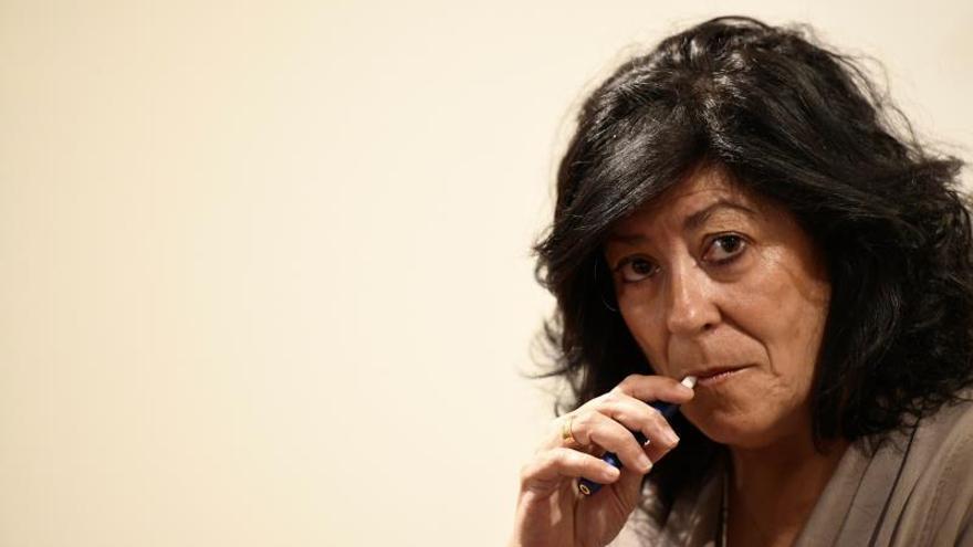 Almudena Grandes: Es difícil resolver lo de Cataluña sin reformar la Constitución