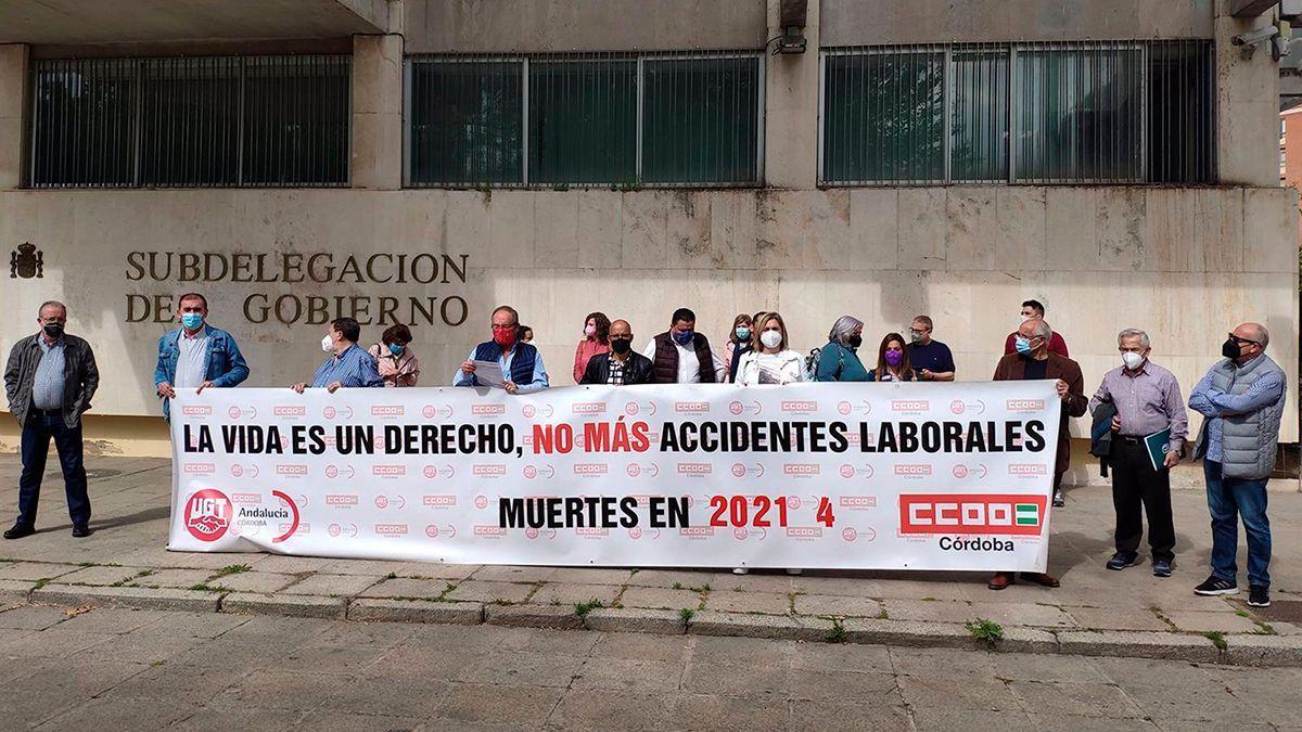 Concentración de CCOO y UGT contra la siniestralidad laboral.
