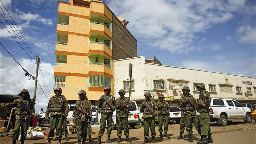 Al menos 8 policías muertos en ataques en el interior de Kenia