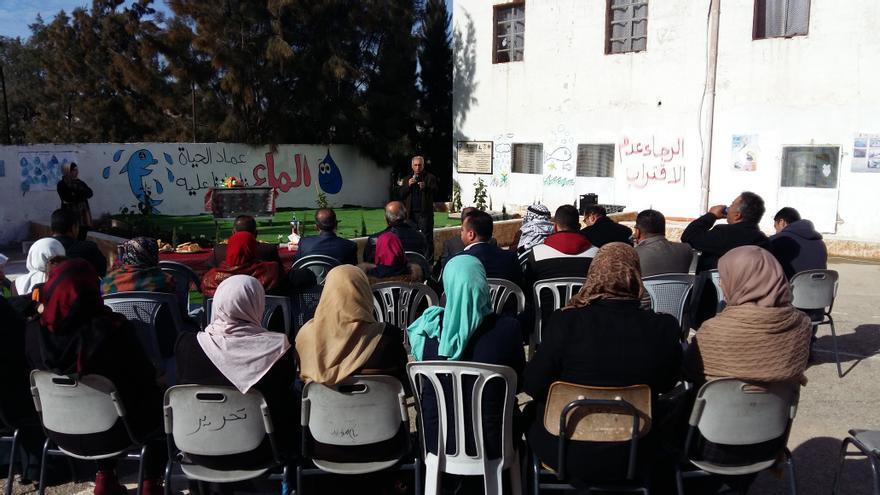 Las charlas de concienciación y funcionamiento de las cisternas se dieron a más de 1.000 personas