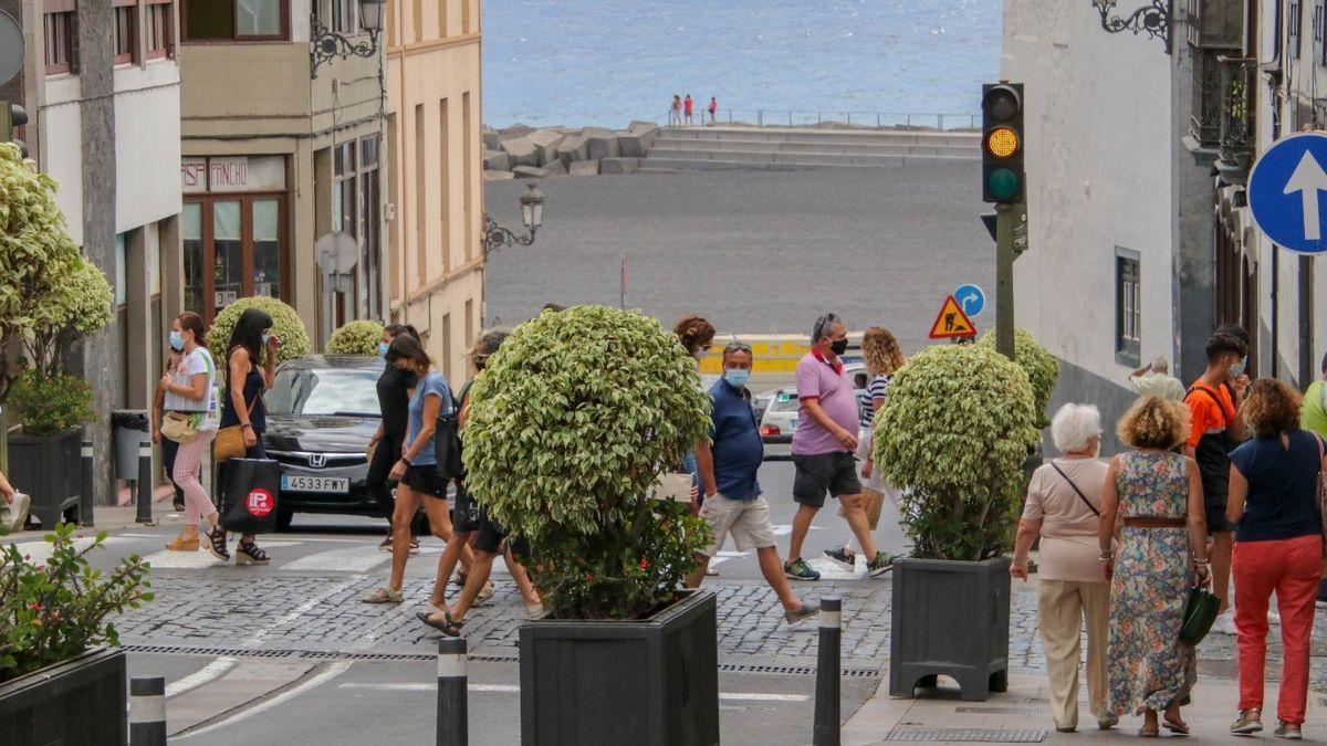 Imagen de archivo de la Avenida de El Puente de Santa Cruz de La Palma.