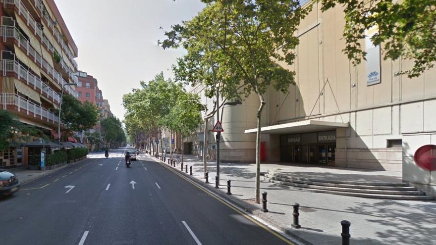 La ssede del centre es adyacente a una de las entradas de Fira de Barcelona: Foto Google maps