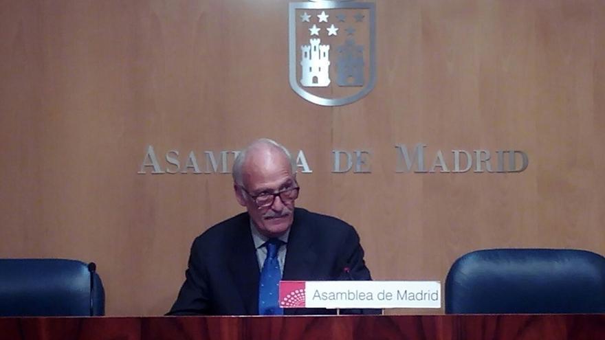 Dimite un diputado de Madrid para defender su inocencia en una posible alcoholemia al volante