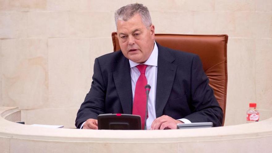 Joaquín Gómez (PSOE), elegido nuevo presidente del Parlamento de Cantabria