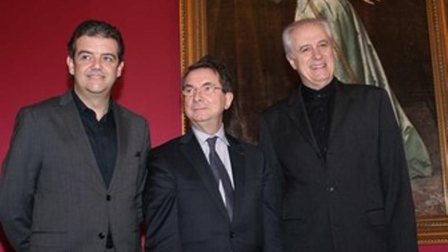 De izquierda a derecha: Renato Palumbo, Gerard Mortier y Andrés Máspero
