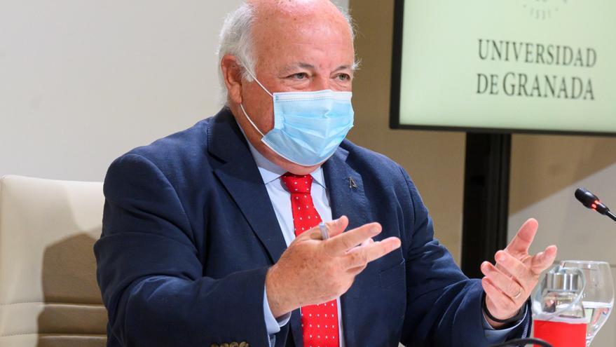La incidencia andaluza sigue subiendo hasta 432 casos en un día con 8 muertes