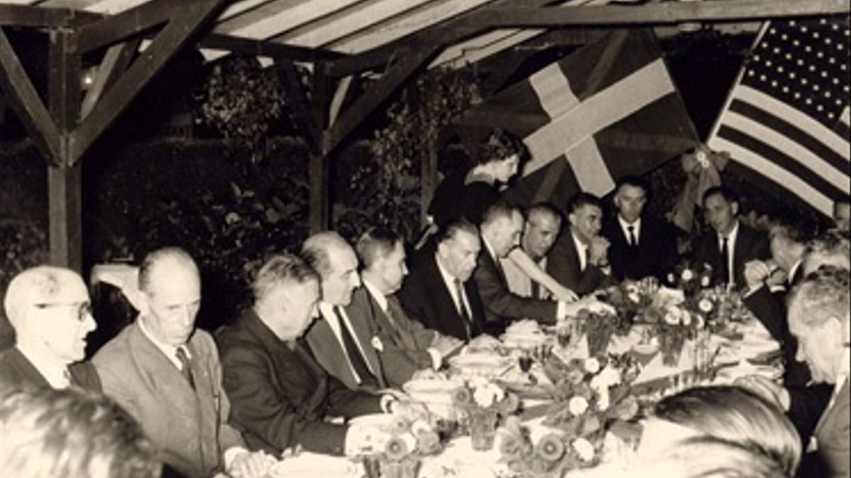 Un encuentro de las delegaciones vasca y americana
