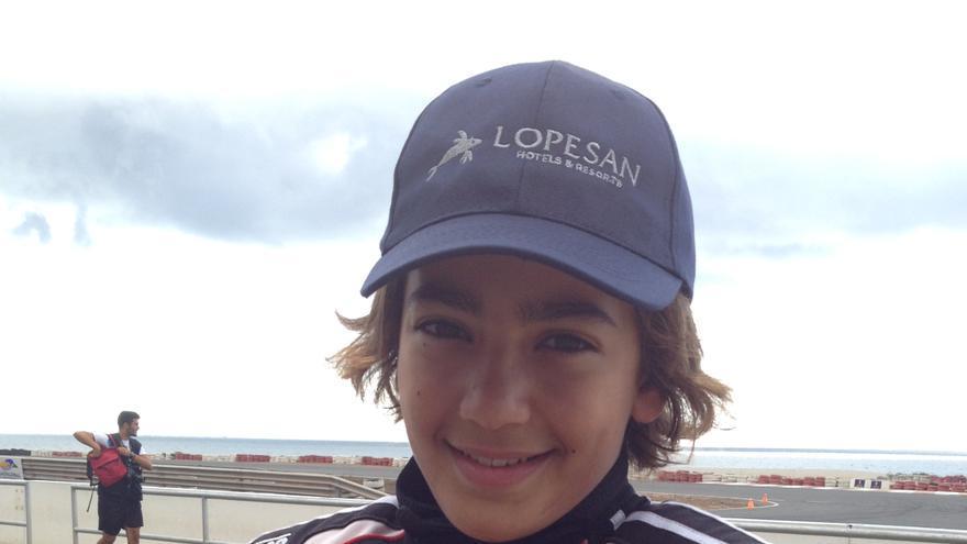 El joven piloto palmero Santi Concepción.