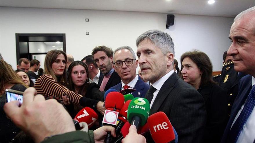 """El ministro del Interior, Fernando Grande Marlaska, ha destacado este jueves el papel que el Gobierno de España está teniendo en materia migratoria en la Unión Europea y ha señalado que la inmigración """"no es un problema, sino un reto""""."""