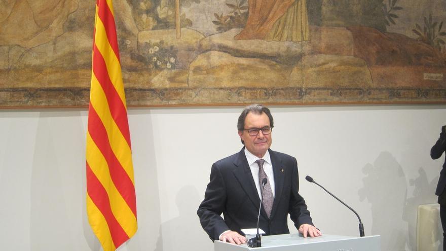 """Mas asegura que la consulta """"definitiva"""" no será sólo el día de las elecciones catalanas"""
