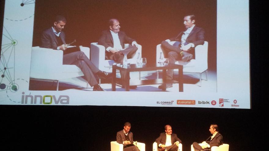 Alfredo Triviño, Benjamín Lana y Toni Garrido hablan sobre las nuevas formas del futuro periodismo en Innova 2014 en Bilbao.