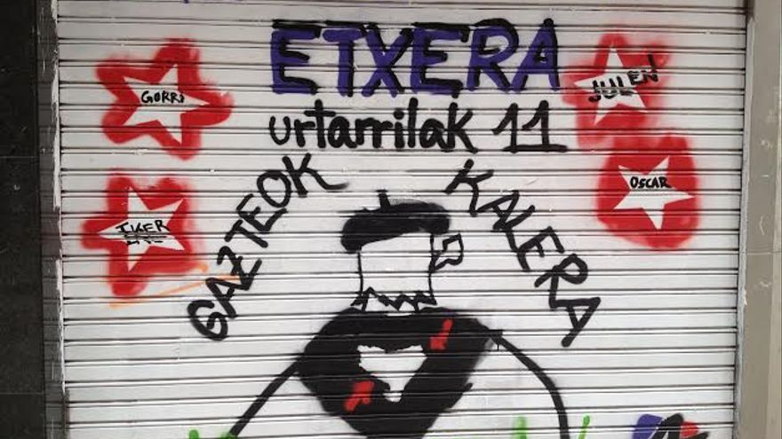 Una pintada de las juventudes de la izquierda abertzale llama a acudir a la manifestación del próximo 11 de enero en favor de los presos de ETA. /EDN
