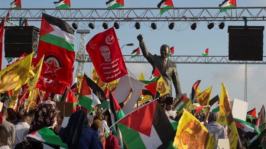 Presos palestinos amenazan con volver a la huelga de hambre