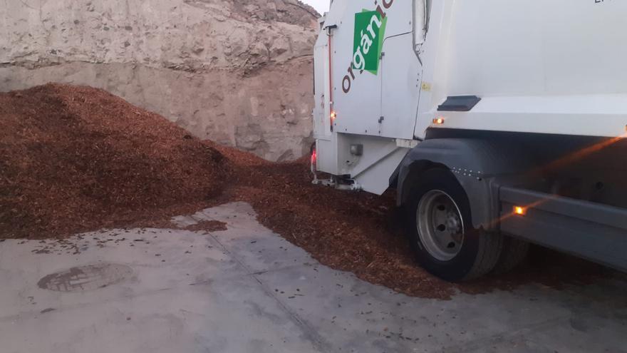 Primera tonelada compostada de residuos orgánicos para darle nuevo uso a la basura de Santa Cruz