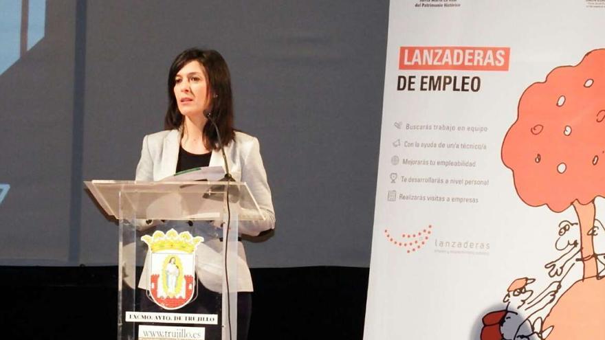 Esther Gutierrez, consejera Educacion Empleo Extremadura