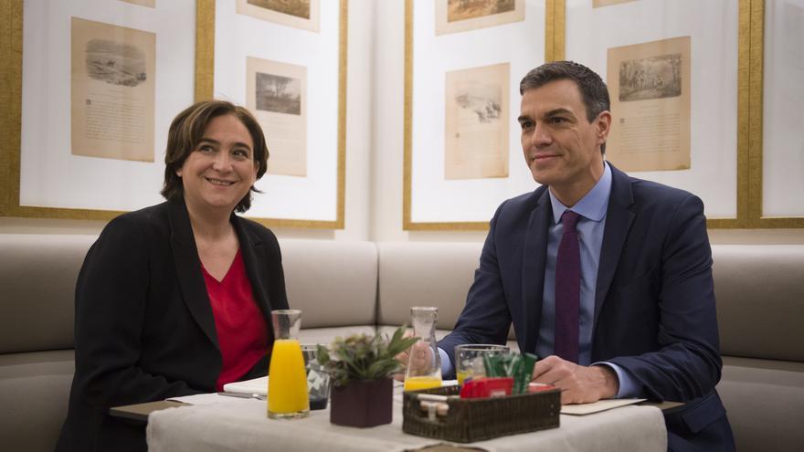 Colau y Sánchez, en el desayuno