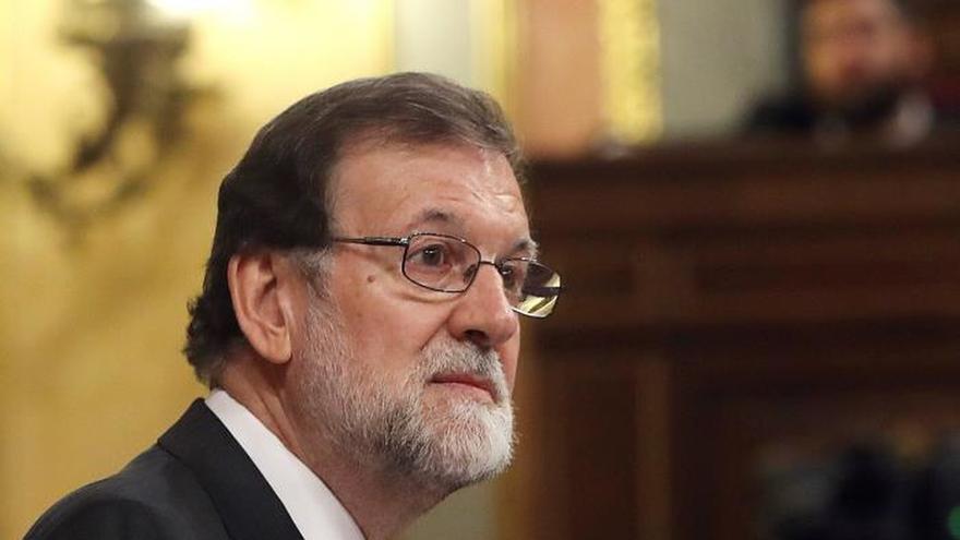 """Rajoy da gracias a españoles y está """"orgulloso"""" de haber sido su presidente"""
