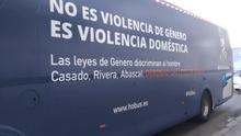 El nuevo bus antifeminista de HazteOir.