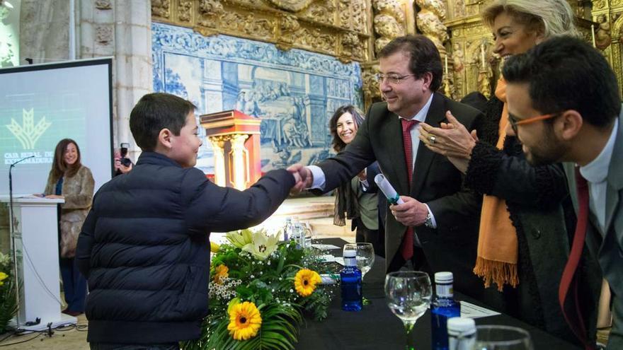 Fernandez Vara premios Espiga Educacion Caja Rural Extremadura