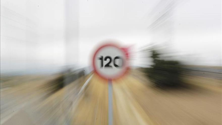 El Consejo de Estado avisa de que subir la velocidad a 130 km/h puede aumentar los accidentes