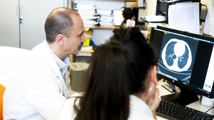 Cada año se detectan en España más de 200.000 nuevos casos de cáncer. | ROCHE