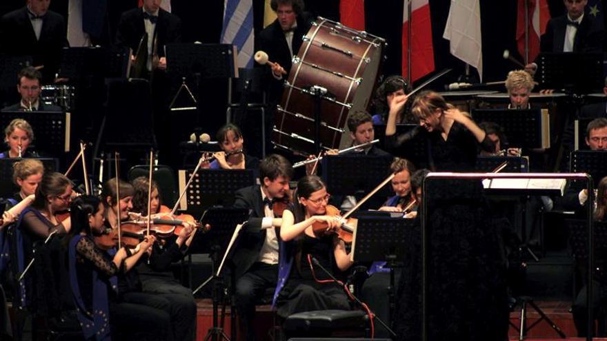 La CE encuentra una solución para la continuación de la Joven Orquesta de la UE