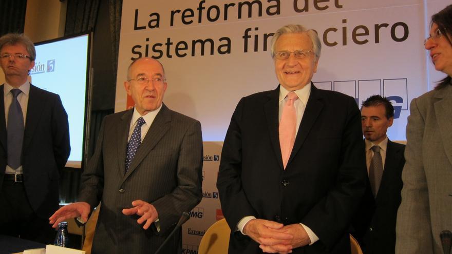"""Cayo Lara ve """"miserable"""" que Zapatero publique en su libro la carta del BCE que negó al Congreso"""