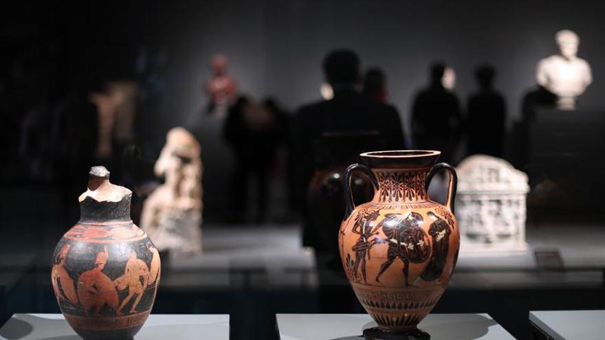 Museos Vaticanos depositan en Chile un milenio de historia de Roma en una muestra