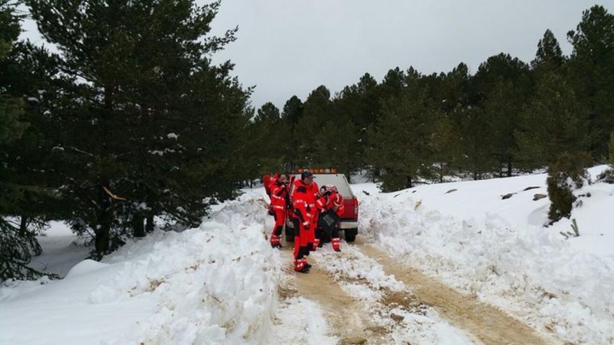 Imagen del equipo de rescate en la búsqueda de los senderistas desaparecidos.